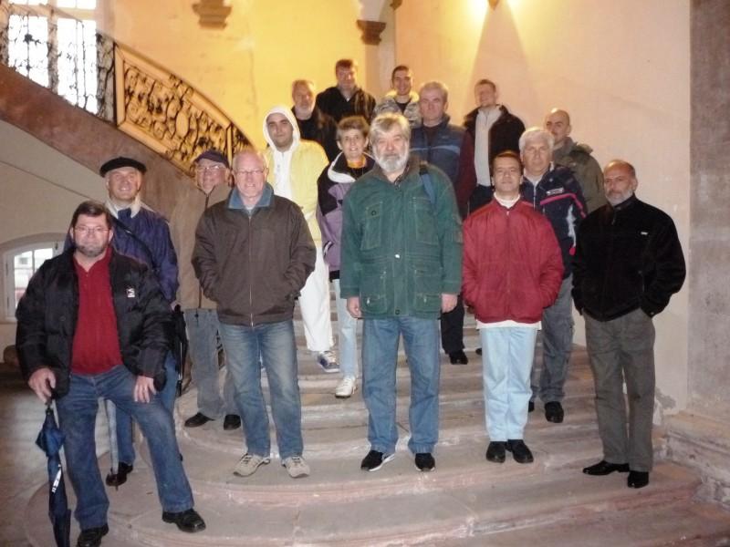 Les-amis-bulgares-en-visite-a-labbaye-de-Senones-800x600